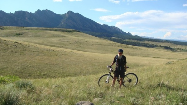 mountain biking in Flatirons Vista